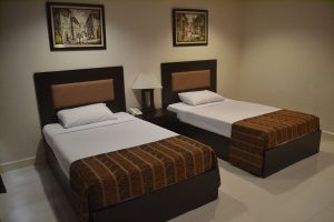 Paragon-Tower-Hotel-Twin-Bed